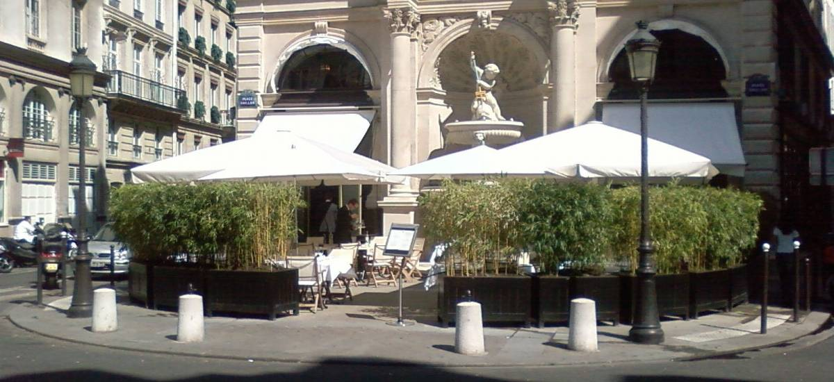 The Fontaine Gaillon terrace is very pleasant at lunchtime.