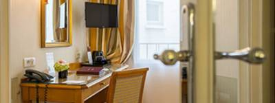 Book a hotel room: Tips and Tricks